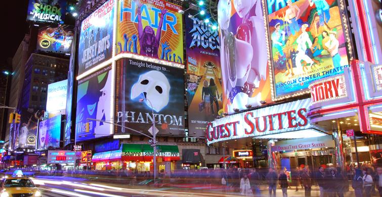 New York Sokaklarının Değişik Manzaraları - 1