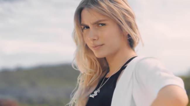 Aleyna Tilki'nin Yayınladığı Fotoğraf Sosyal Medyayı Salladı - 1
