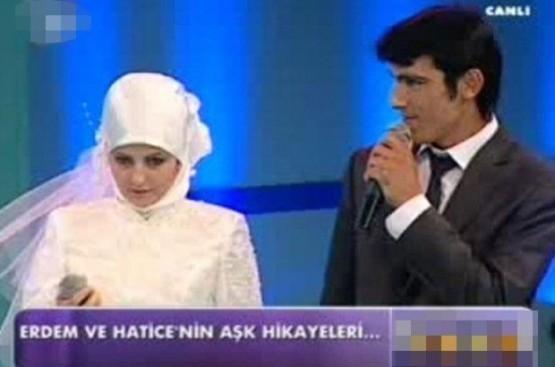 Televizyon Programında Evlenmişlerdi Bakın Şimdi Ne Haldeler! - 1