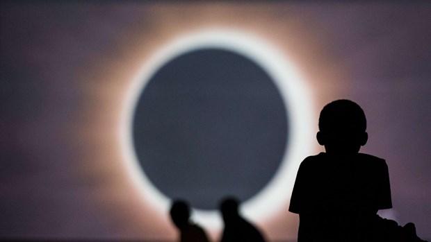 ABD Güneş Tutulmasını Böyle İzledi! - 1