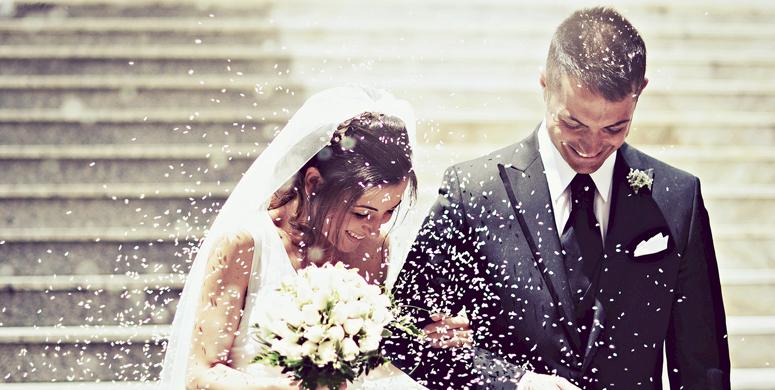 Gelin Ve Damat Çöplükte Düğün Fotoğrafı Çektirdiler - 1