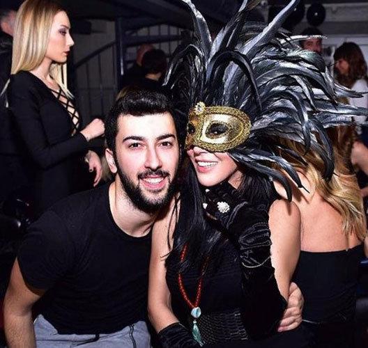 Hande Yener'in Oğlu Çağın Kulaçoğlu Sevgilisiyle Yakalandı! - 1