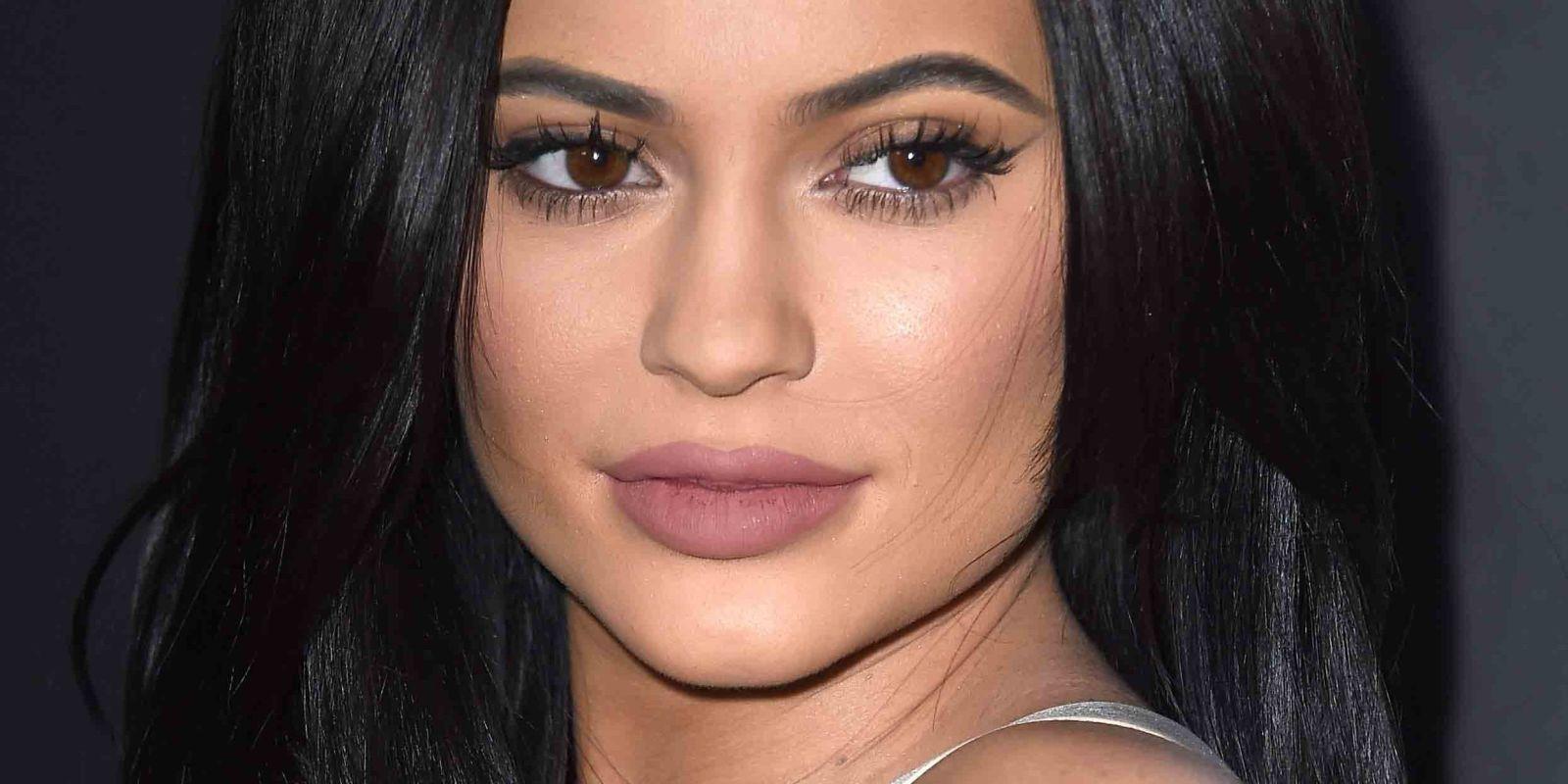 Kylie Jenner'ın Makyajsız Hali Görenleri Şoke Etti! - 1