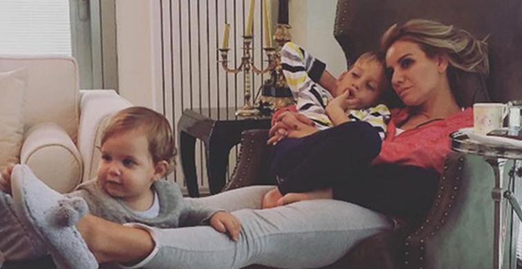 Esra Erol'un Oğlu 1 Yaşına Girdi, Sosyal Medyadan Paylaştığı Fotoğrafa Takipçileri İnanamadı! - 1