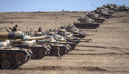 10 Bin Türk Askeri Bölgede!