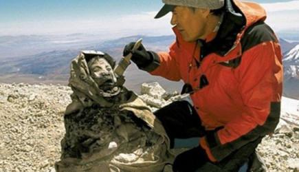 500 Yıl Önce Mumyalanan Küçük Kız Bilim Dünyasını Şoke Etti!