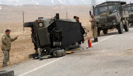 Askeri Araç Kaza Yaptı! Şehit Ve Yaralılarımız Var