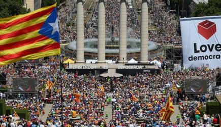 Barcelona Üniversitesi'ni İşgal Edildi!