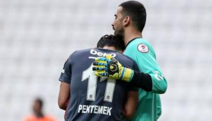 Beşiktaş'tan 9 Gol Yiyen Emrullah Göz Yaşlarını Tutamadı!
