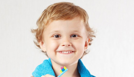 Dişlerde Hasara Sebep Olduğu Bilinmeyen 7 Besin