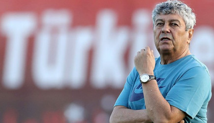 FIFA'dan Lucescu'ya 1 Maç Men!