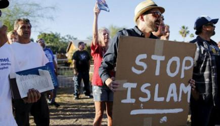 Fransa'da İslamofobi Hortladı!