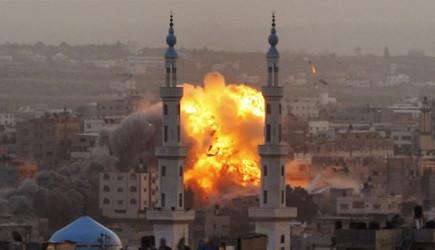 O Ülkede Camiye İntihar Saldırısı Düzenlendi
