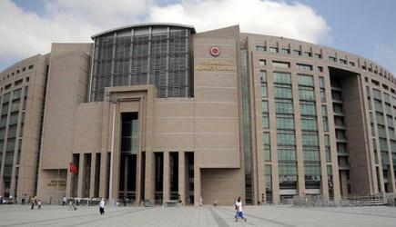 İstanbul Adalet Sarayı Önünde Skandal! 1 Yaralı