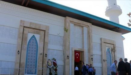 İstanbul Sabiha Gökçen Havalimanı Camisi İbadete Açıldı