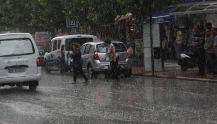 İstanbullular Dikkat! Sağanak Başladı