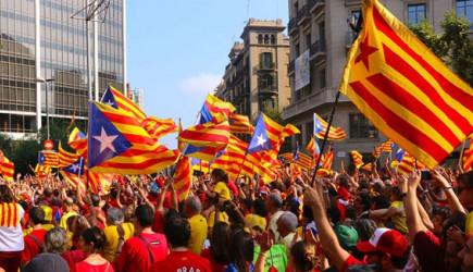 Katalonya İspanya'ya Meydan Okudu! Kararlarını Tanımıyoruz!