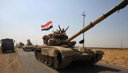 Kerkük Valilik Binasına Irak Bayrağı Çekildi!