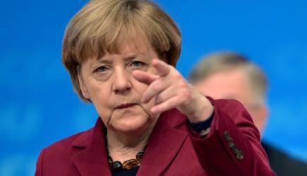 Merkel'den Küstah Açıklama!