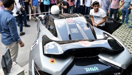 ODTÜ'lüler Eylemdeyken Kayserili Öğrenciler Elektrikli Otomobil Üretti!