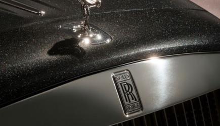 Rolls-Royce'un Bu Modeli Elmas İle Boyandı