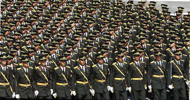 158'i Subay 233 Personele Daha İhraç