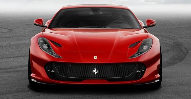 2018 Ferrari 812 Superfast Karşınızda
