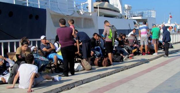 90 Kaçak Göçmen Son Anda Kurtarıldı