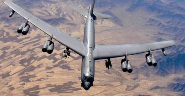 ABD Bombardıman Uçağı Düştü!