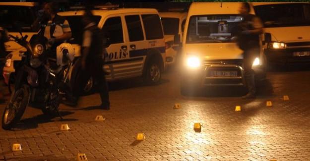 Adana'da Çatışma! 1 Polis Şehit, 2'si Polis, 3 Yaralı
