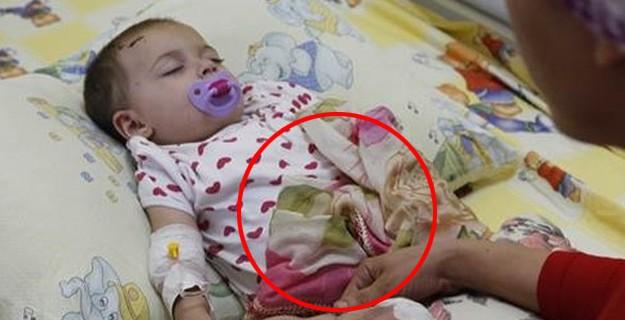 Annesi G.Antep'te Hayatını Kaybetti; O Bebek Her Gece...