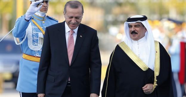 Bahreyn Kralı Cumhurbaşkanlığı Külliyesi'nde