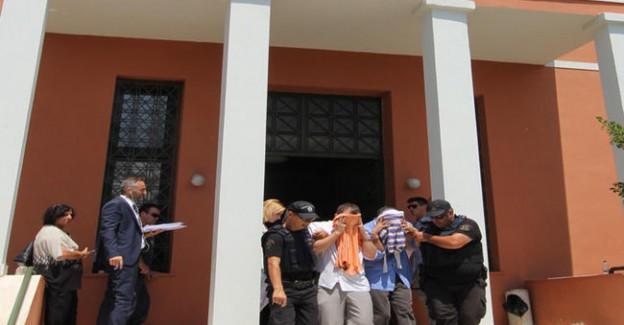 Bakan Açıkladı: Firari FETÖ'cüler Feribotla O Ülkeye Kaçmış