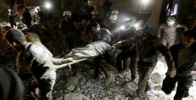 Cami ve Hastaneyi Bombaladılar: En Az 60 Ölü