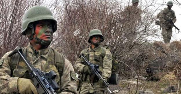 Çukurca'da Operasyon: 8 Terörist Ölü Ele Geçirildi