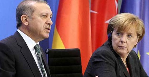 Cumhurbaşkanı Erdoğan, Oylamadan Önce Merkel'i Son Kez Uyardı