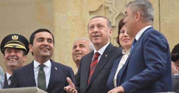 Cumhurbaşkanı Erdoğan'ı Şaşırtan Görüntü! Cuma Namazından Sonra...