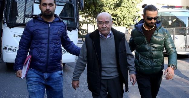 Cumhuriyet Gazetesi'ne Operasyon! Bir Yazarı Daha Gözaltına Alındı
