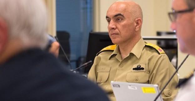 Darbeci Amiral NATO Toplantısında