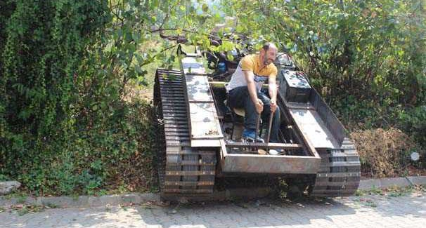 Darbecilere Kızdı Tank Yaptı