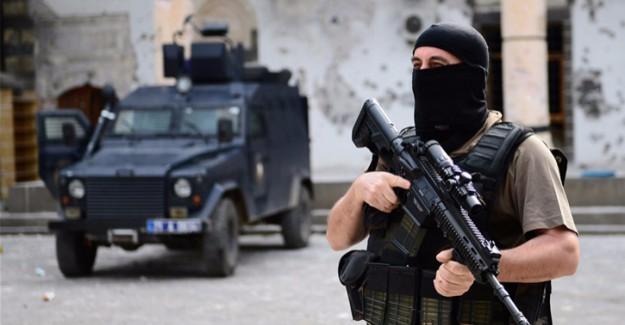 Devriye Görevi Yapan Polislere PKK Saldırısı!