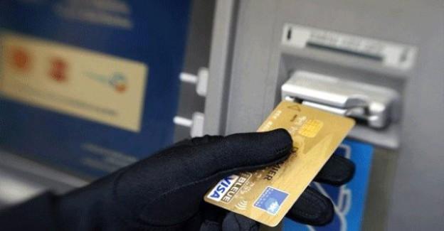 Dikkat! ATM hırsızları yeni yöntemle dolandırıyorlar