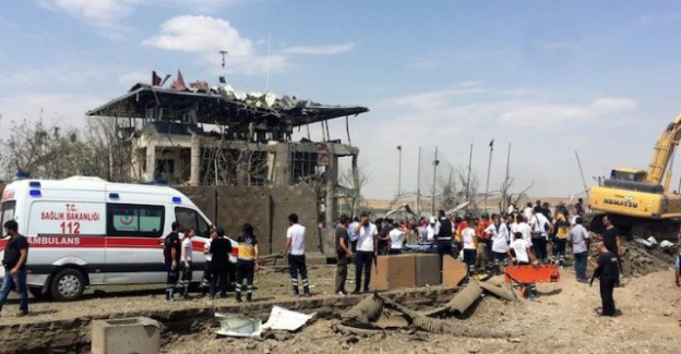Diyarbakır Saldırısını Yapan 2 PKK'lı Terörist Yakalandı