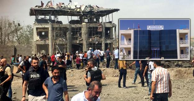 Diyarbakır'da Bombalı Saldırı! 4'ü Polis 7 Şehit