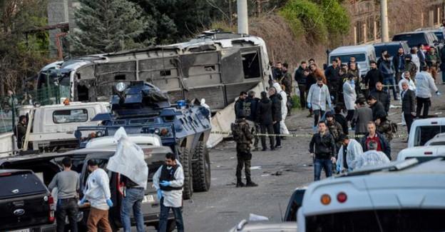 Diyarbakır'da Polise Bombalı Saldırı! Ölü ve Yaralılar Var