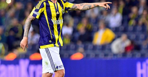 Fenerbahçe'nin yıldız futbolcusu Sparta Prag'a transfer oldu