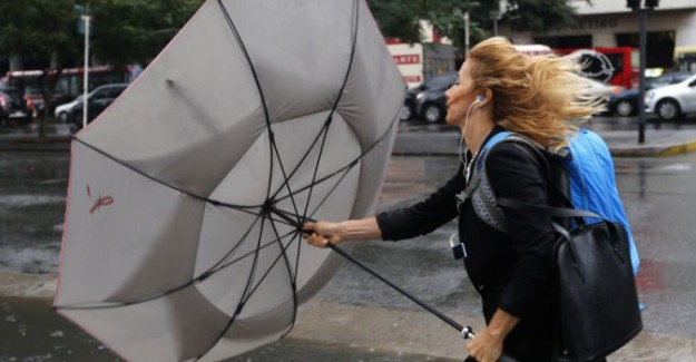 Meteoroloji, İstanbul İçin Saat Verdi