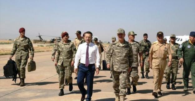 G.Kurmay Başkanı ve Kuvvet Komutanları Diyarbakır'da