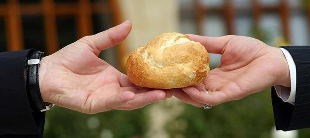 Yöntemleri Pes Dedirtti: FETÖ'cüler Ekmeği Bile Kirletmişler