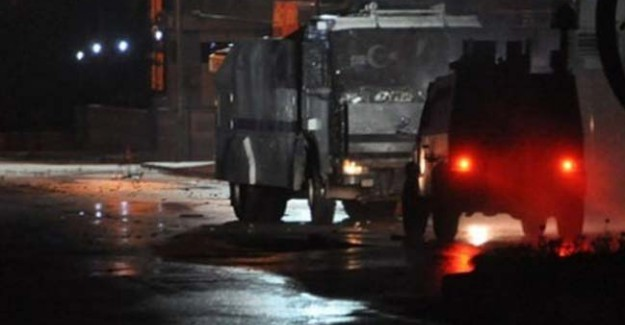 Hakkari'de Şiddetli Çatışma! Yol Kapatıldı Operasyon Başladı